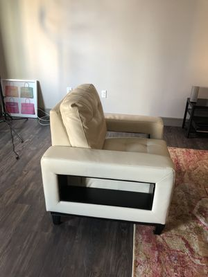 Chair for Sale in Dallas, TX
