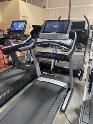 NordicTrack Commercial 2950 Treadmill for Sale in Glendale, AZ