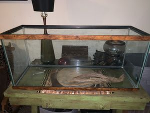 Fish tank or for reptiles for Sale in Tallassee, AL