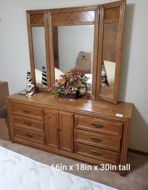 9 Drawer Night Dresser With Matching Night Stands for Sale in Fresno, CA