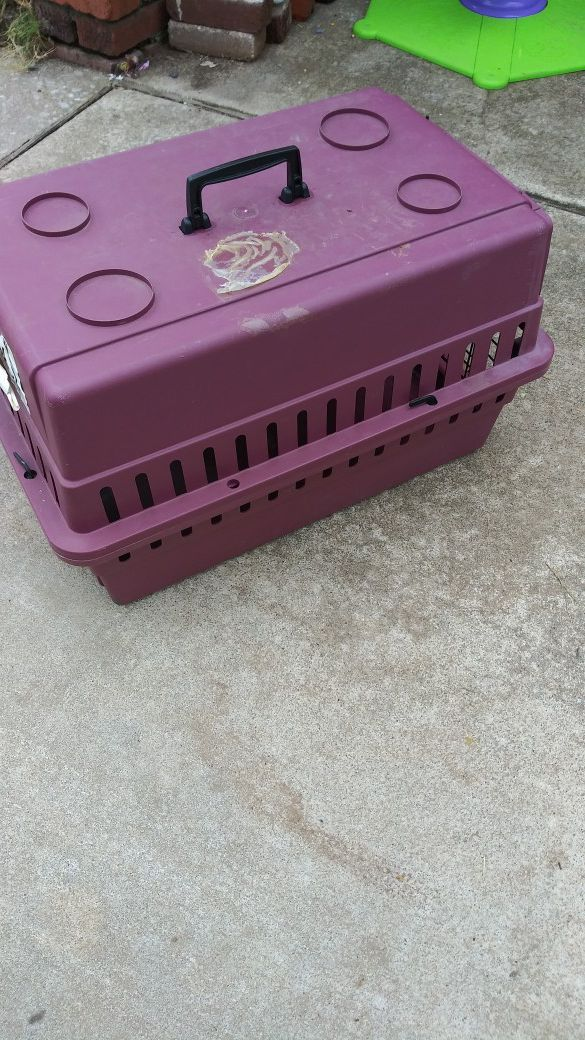 Dog/cat carrying crate