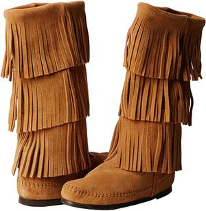 Brand new Minnetonka Women's 3-Layer Fringe Boot (size 7) for Sale in South River, NJ