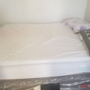 Bedset for Sale in Paoli, PA