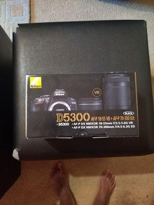 Nikon D5300 for Sale in College Park, GA