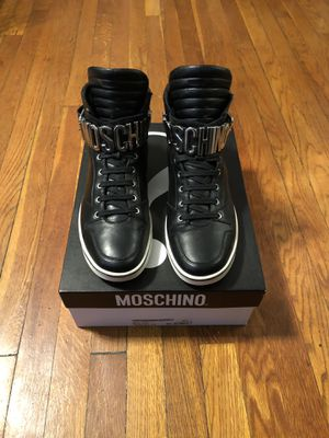 Men's Moschino high top sneakers size 45 (12) paid $600 for Sale in Washington, DC