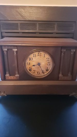 Ingraham Antique Chime Clock for Sale in Cary, NC