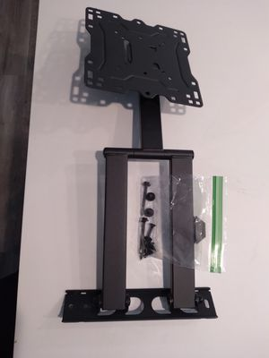 Rotating TV Wall Mount and Hardware for Sale in Tacoma, WA