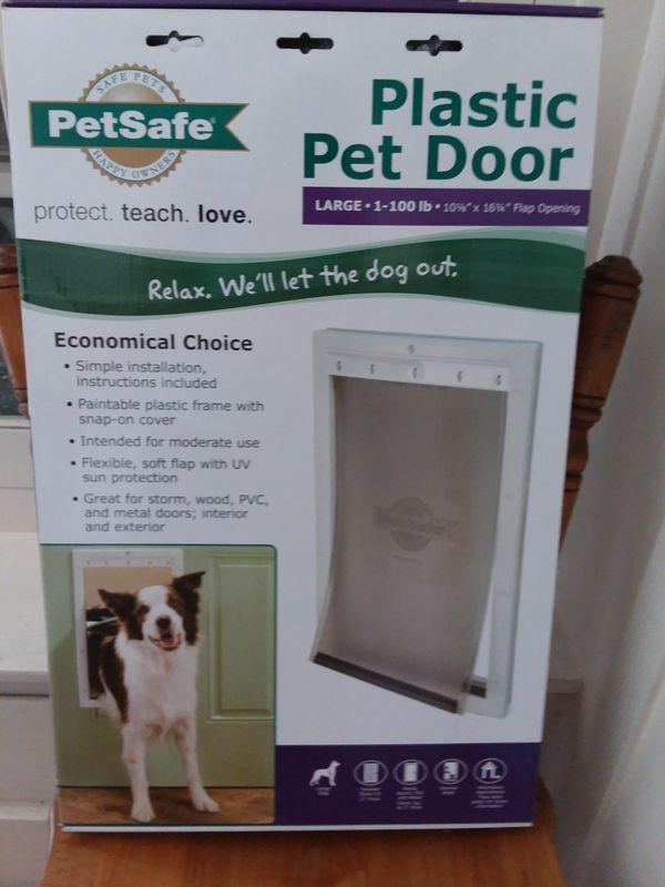 PetSafe Plastic Pet Door - LARGE