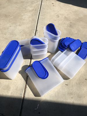 Real Tupperware Brand storage Containers. Only 10$ for Sale in Moreno Valley, CA