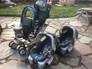 Having twins? Graco stroller, car seats, and bases for Sale in Portland, OR