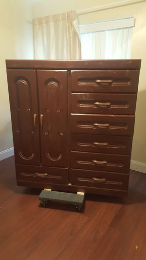 Armoire for Sale in Kissimmee, FL