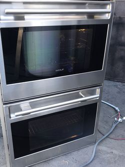 """Wolf 30"""" Double Wall Oven for Sale in Corona,  CA"""