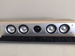 Yamaha NS-C310 2-way bass-reflex center speaker stereo system surround for Sale in Willoughby, OH