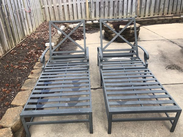 Patio furniture set with cushions, barely ever used good as new!