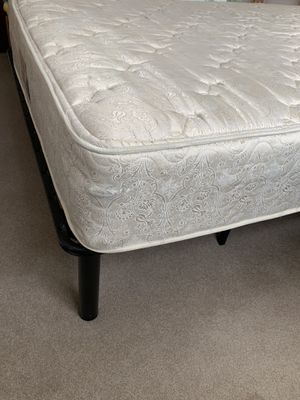 Queen size bed with steel frame for Sale in Madison, WI