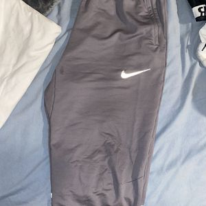 Nike Trainer Pants ( L ) for Sale in Tacoma, WA