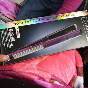 Straightener Curly And Wave Ect for Sale in San Bernardino, CA