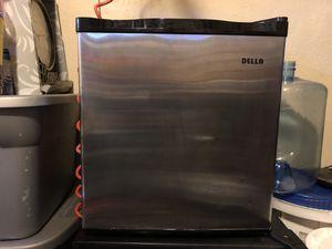 Della mini freezer . for Sale in Riverside, CA
