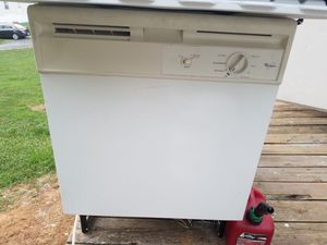 Whirlpool Dishwasher for Sale in Amherst, VA