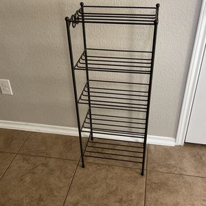 Longaberger 5 Tier Stand for Sale in Pflugerville, TX
