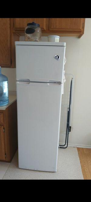 Refrigerator for Sale in Glendale, CA
