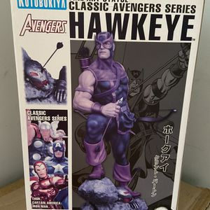 Hawkeye Statue Collection for Sale in The Bronx, NY