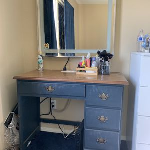Vanity Grey And Mirror for Sale in San Diego, CA