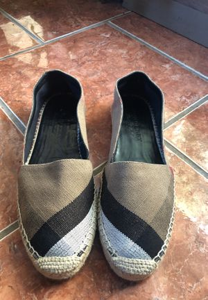 Burberry espadrilles size 10 women's for Sale in New Orleans, LA
