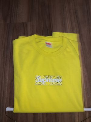 Brand new supreme yellow tee for Sale in Tampa, FL