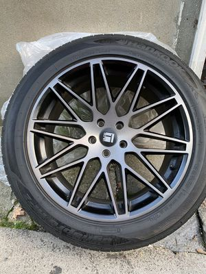 20 inch new rims and tires for Sale in Hartford, CT