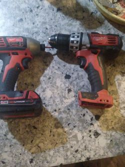 Milwaukee Drill Set Impact And Drill One Battery And Newfine Saw for Sale in Martinez,  CA
