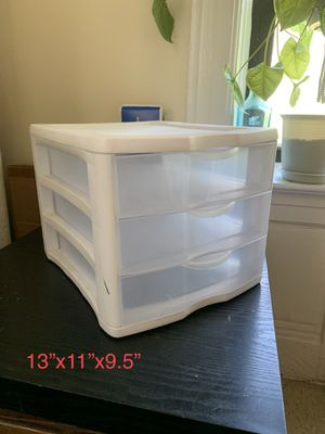Plastic drawers for Sale in Queens, NY