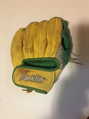 FRANKLIN RTP PERFORMANCE YOUTH BASEBALL GLOVE for Sale in New Castle, DE