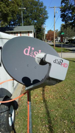 Dish antenna for Sale in Carrollton, MO
