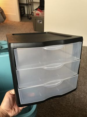 3 tier Plastic drawers (I have two) for Sale in Tampa, FL
