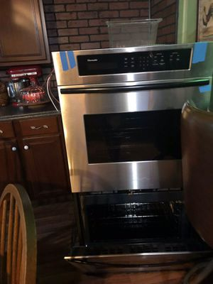 Thermador Stainless Double Oven With Hood for Sale in Centralia, WV