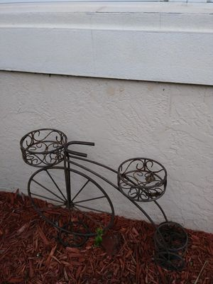 Metal bicycle plant holder/stand.garden decore for Sale in Fort Myers, FL