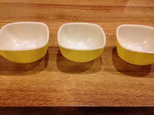 Vintage Pyrex Small Square Bowls for Sale in Rockville, MD