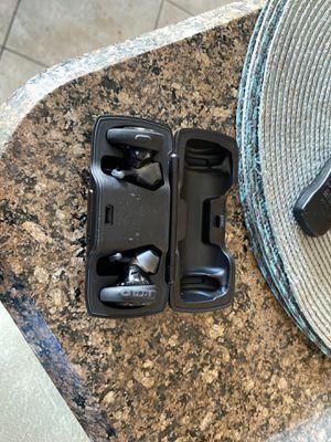Bose soundsport free for Sale in Avondale, AZ