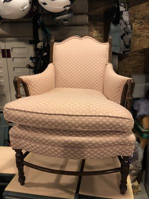Vintage Chair in great condition. for Sale in Boyne City, MI