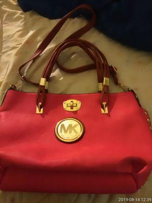 Leather Light pink Michael Kors bag for Sale in Lawrenceville, GA