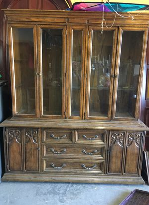 Gorgeous oak China cabinet for Sale in Stockton, CA