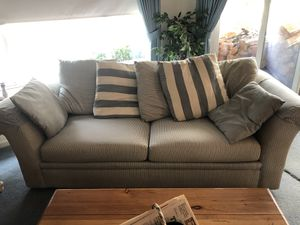 Sofa for Sale in Clovis, CA