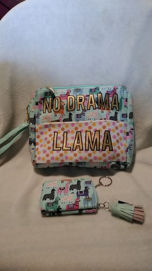 NEW WRISTLET PURSE WITH WALLET/COIN PURSE for Sale in Detroit, MI