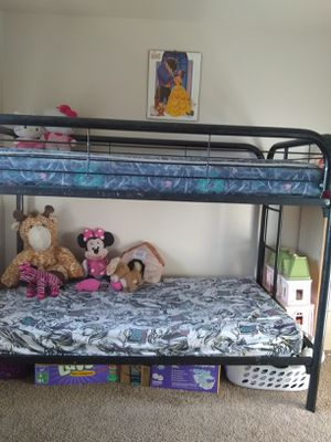Bunk bed for Sale in Madera, CA