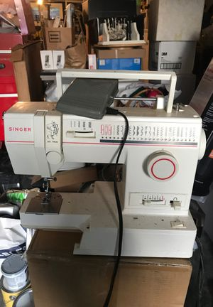 Singer sewing machine for Sale in Shoreline, WA
