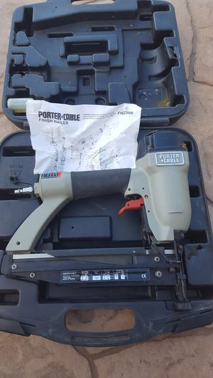 16 GAUGE PORTER CABLE NAILER WITH CASE for Sale in Escondido, CA