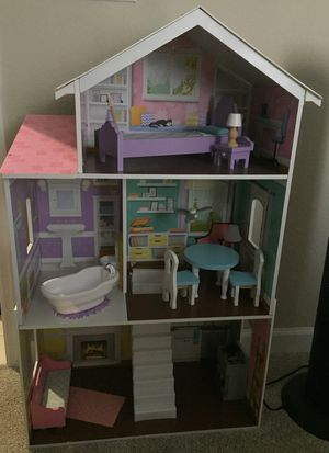 Doll house for Sale in Fort Lauderdale, FL