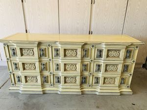 Antique Dresser 5'11 long and 2'7 high for Sale in Tempe, AZ
