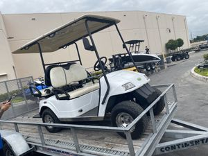 Zone Golf Cart with New Batteries for Sale in Miami, FL